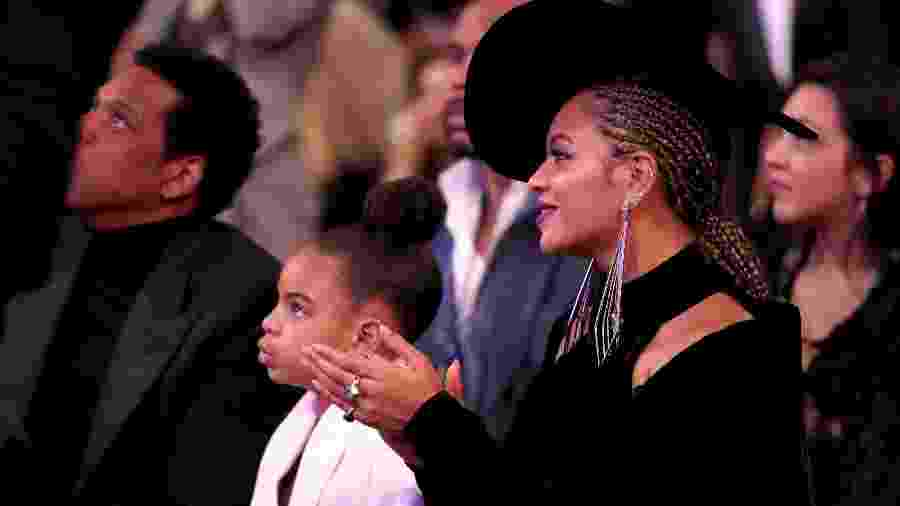 Blue Ivy e Beyoncé na plateia do Grammy 2018 - Getty Images