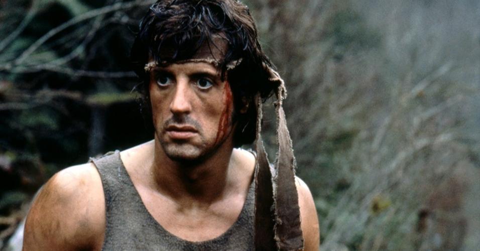 """Sylvester Stallone em cena de """"Rambo: Programado para Matar"""" (1982)"""