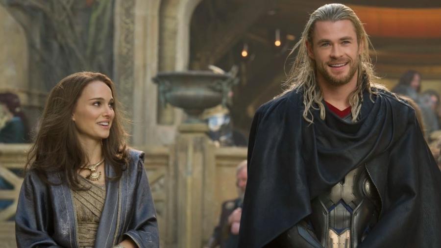"""Natalie Portman como Jane Foster em """"Thor: O Mundo Sombrio"""" - Reprodução"""