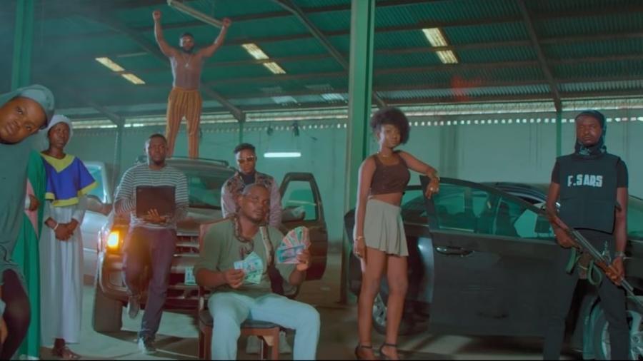 """Cena do clipe """"This Is Nigeria"""" - Reprodução"""