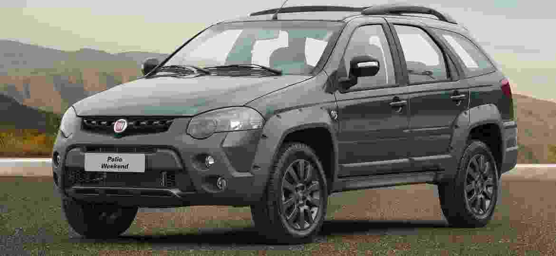 Fiat Weekend traz base de Palio antigo e preço maior que o de muitos SUVs compactos; hoje é a opção mais próxima de um SUV na gama da marca - Divulgação