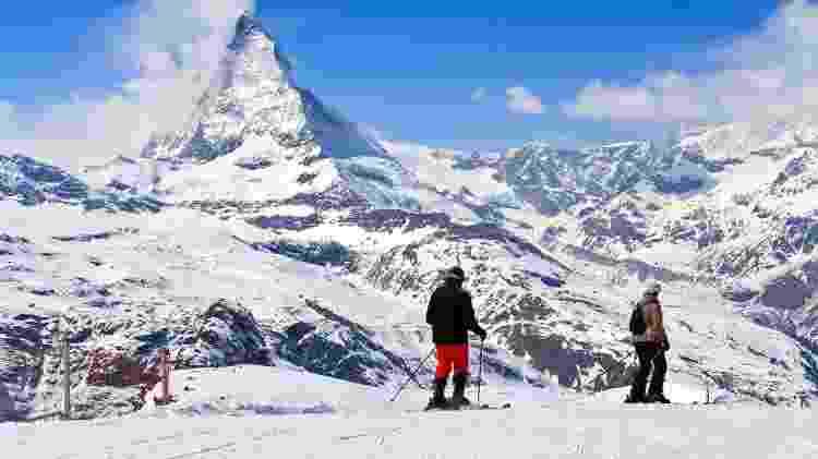 Esquiadores em Zermatt, na Suíça - Getty Images - Getty Images