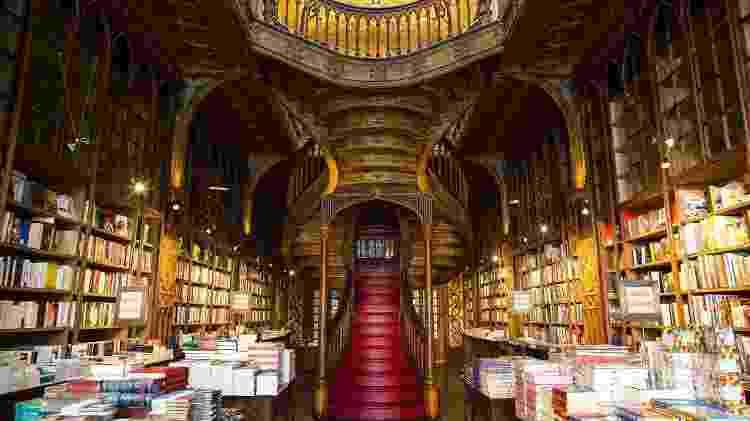 A escadaria que inspirou a escritora da saga Harry Potter - Associação de Turismo do Porto e Norte - Associação de Turismo do Porto e Norte