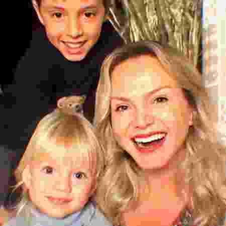 Eliana e os filhos Arthur e Manuela  - Reprodução/Instagram