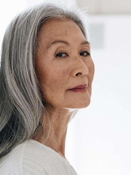 A modelo Setsuko Saito, 70, em campanha de moda - Divulgação/A.Niemeyer