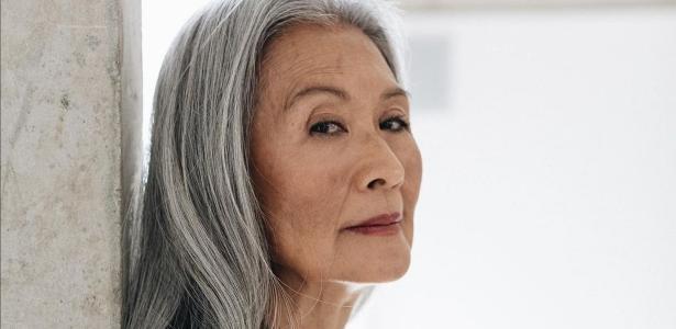 Universa   'Virar modelo aos 68 me tornou vaidosa e mostrou que posso fazer acontecer'