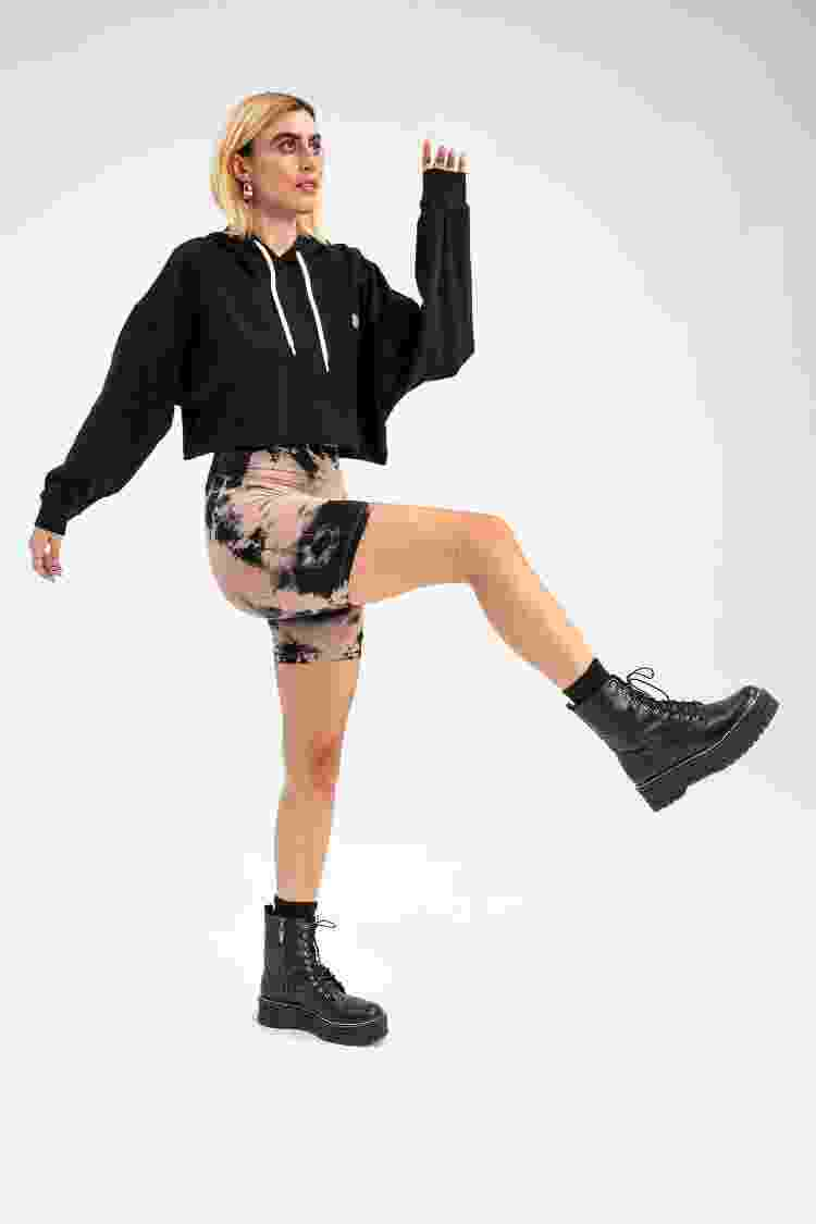 Biker shorts em tie-dye da Baw Clothing - Reprodução/Baw Clothing - Reprodução/Baw Clothing