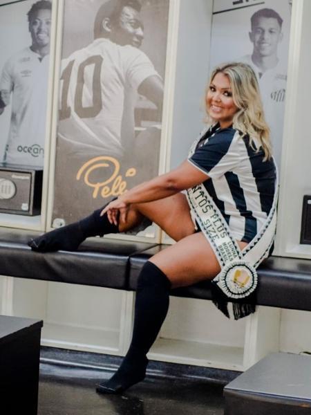 Elaine Ribeiro, 45, de Santos (SP), é modelo plus size e passista - Karen Salles