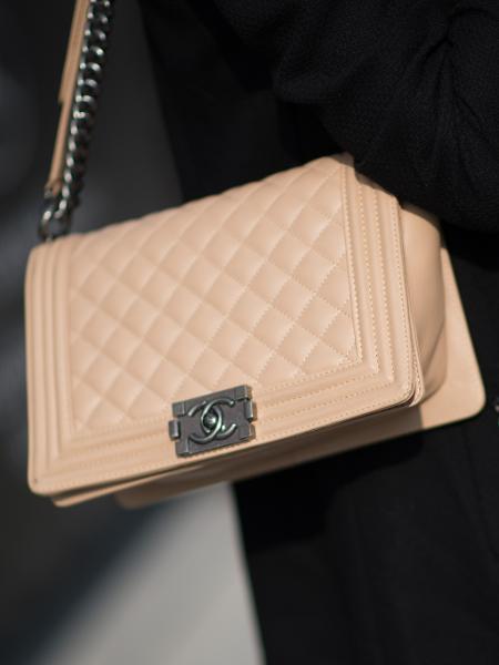 64918d73f Réplicas de bolsas como Chanel são vendidas por preços a partir de R$ 2 mil  Imagem: Getty Images