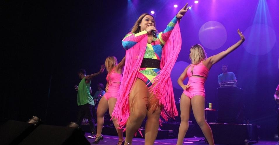 2.jan.2016 - Preta Gil fez a primeira festa do Bloco da Preta neste sábado, no Vivo Rio, no Rio de Janeiro; a festa contou também com show da cantora Ludmilla