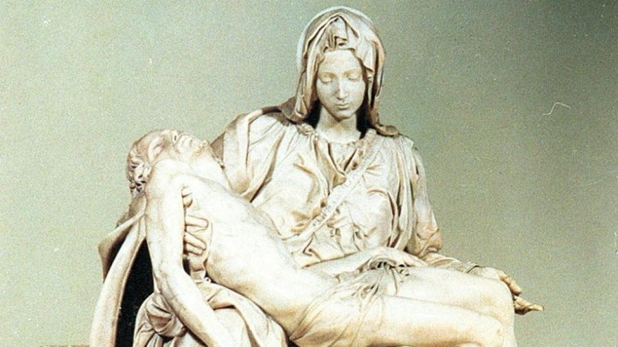 A célebre Pietà de Michelangelo - Reprodução