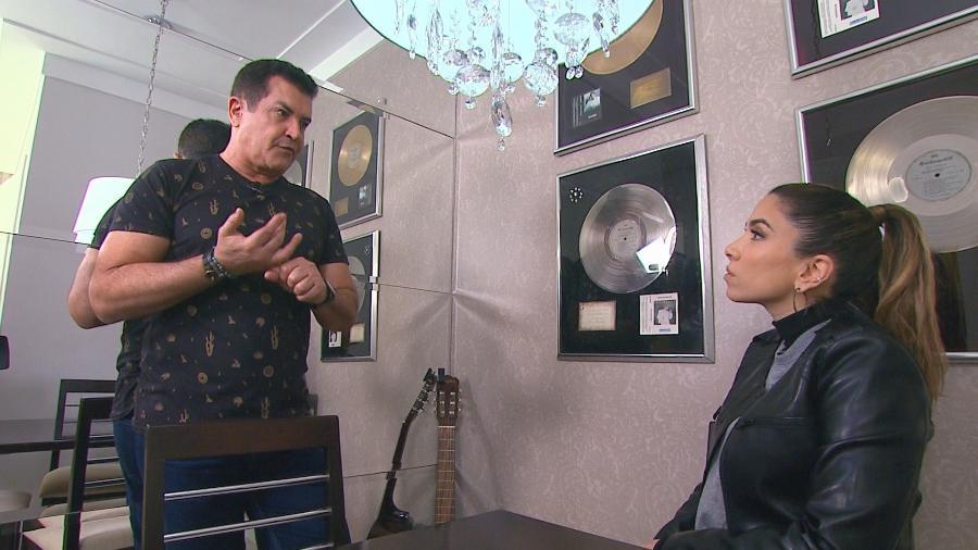 Patrícia Abravanel entrevista o cantor Beto Barbosa para o programa da Eliana - Divulgação/SBT