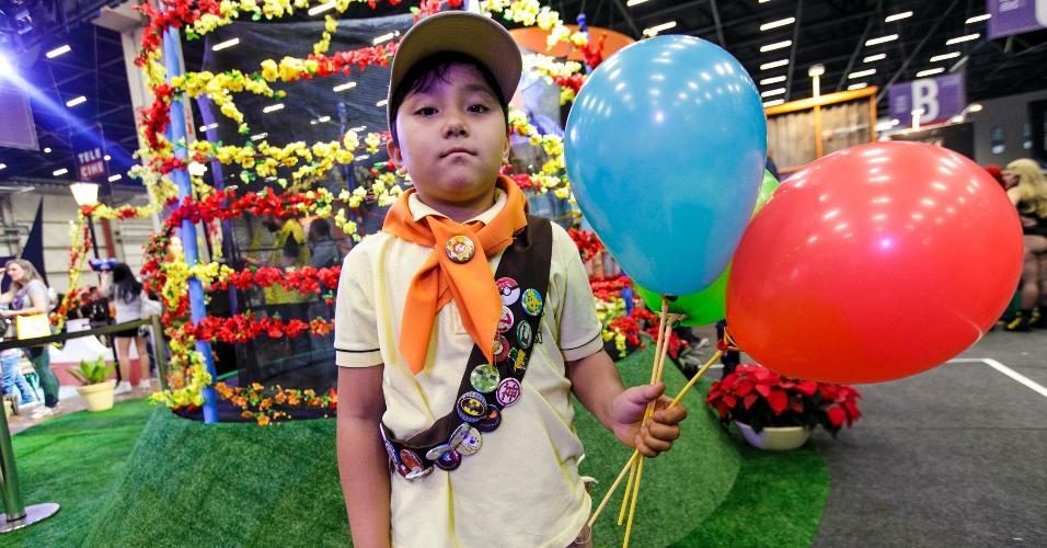 """Russell, de """"Up - Altas Aventuras"""", aterrizou na CCXP com ajuda de balões"""