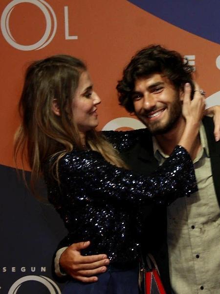 Deborah Secco e marido participam de lançamento de novela - Marcos Ferreira/Brazil News