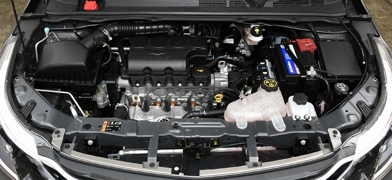 """Motor 1.8 4-cilindros deveria ter especificação """"Mercosul"""", mas tropeçou na morosidade do governo - Murilo Góes/UOL"""