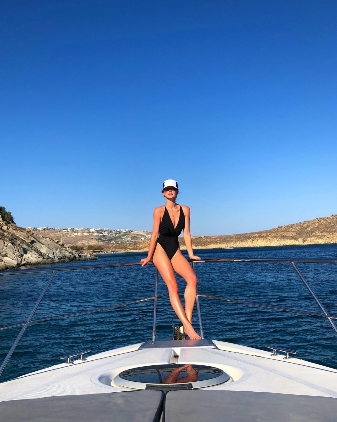 244708bec960 Biquínis do verão 2019: famosas mostram o que é tendência em moda praia -  20/11/2018 - UOL Universa