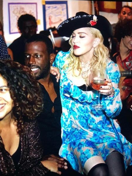 Madonna mostrou fotos suas em tradicional bar português - Instagram/Reprodução