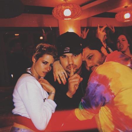 Kristen Stewart, Taylor Lautner e CJ Romero  - Reprodução/Instagram