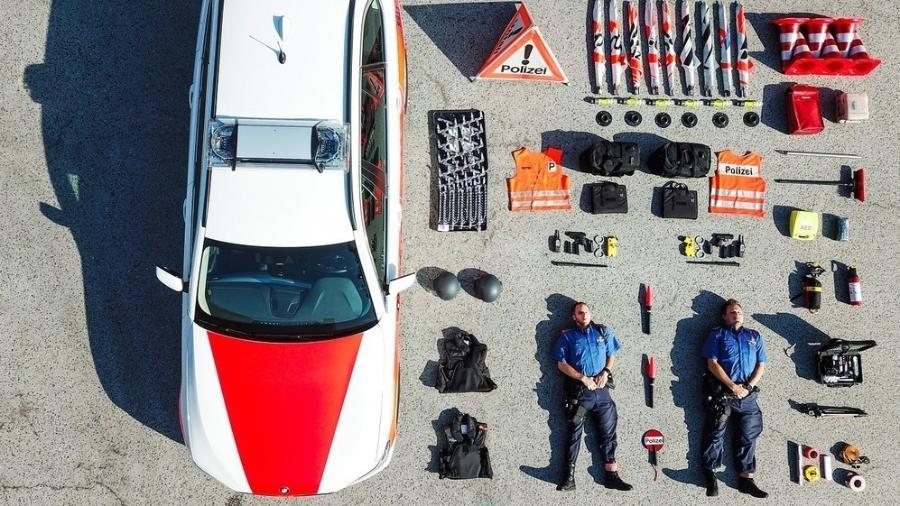 Desafio começou em uma visita à polícia de Zurique - Reprodução/Facebook