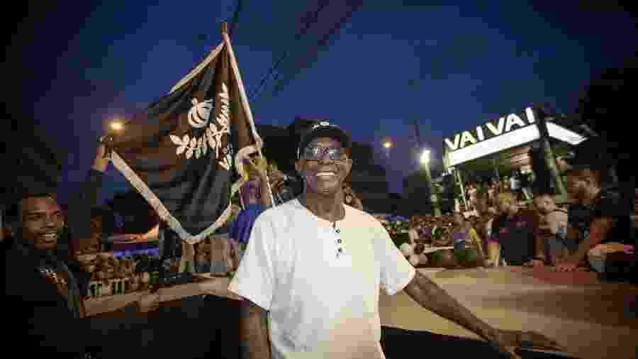 Fernando Penteado é membro do Departamento Cultural e da Velha Guarda da escola de samba Vai-Vai, em São Paulo - Marcelo Justo/UOL