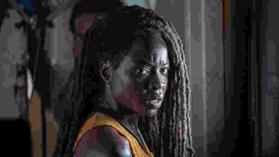 """Danai Gurira como Michonne na décima temporada de """"The Walking Dead"""" - Divulgação"""