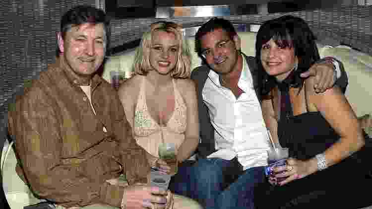 Britney com seus pais e seu irmão Bryan em 2006 - Chris Farina / Getty Images - Chris Farina / Getty Images