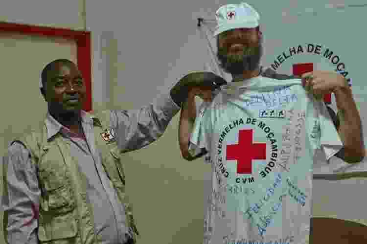 Thor como voluntário da Cruz Vermelha em Moçambique - Arquivo pessoal - Arquivo pessoal