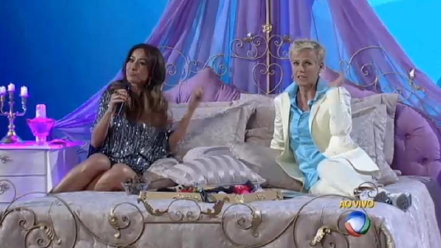 """Sabrina e Xuxa no quadro """"Conto de Fadas"""" - Reprodução /Record"""