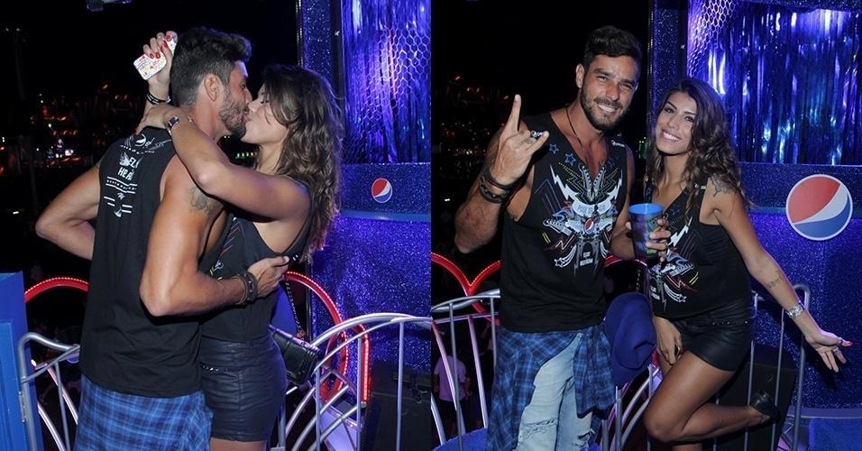 25.set.2015 - Ex-BBBs Fran e Diego curtem a quinta noite de shows do Rock in Rio e beijam muito em camarote