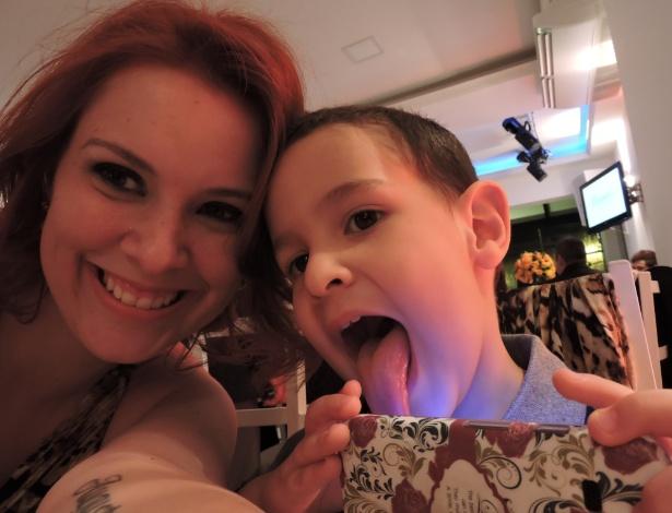 Danielle Meneses (na foto com o filho, Arthur) passou o Réveillon na maternidade - Arquivo Pessoal