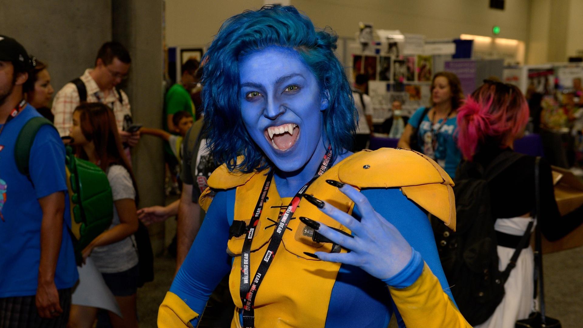 23.jul.2016 - Como seria a versão feminina de Fera, dos X-Men? Essa cosplayer mostrou uma versão animal do personagem