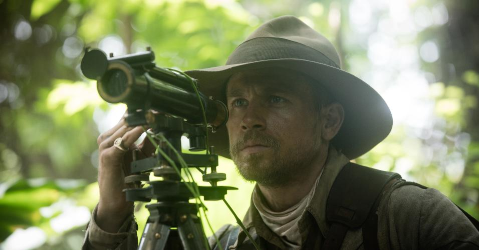 "O explorador Percy Fawcett, papel de Charlie Hunnam, em ""The Lost City of Z"""