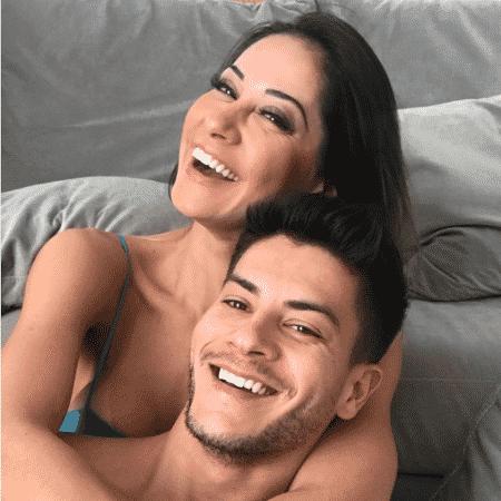 Mayra Cardi e Arthur Aguiar - Reprodução/Instagram/mayracardi