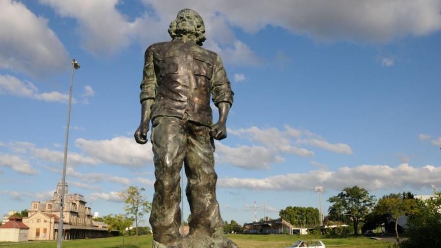 Estátua de Che Guevara na cidade argentina de Rosario - Divulgação