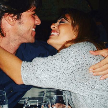 Juliana Paes posta foto de quando foi pedida em casamento pelo marido, o empresário Carlos Eduardo Baptista - Reprodução/Instagram