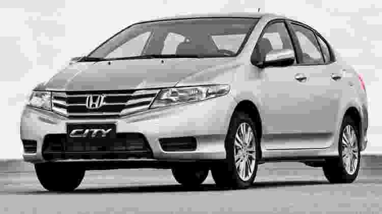 Honda City EX 2013 - Divulgação - Divulgação