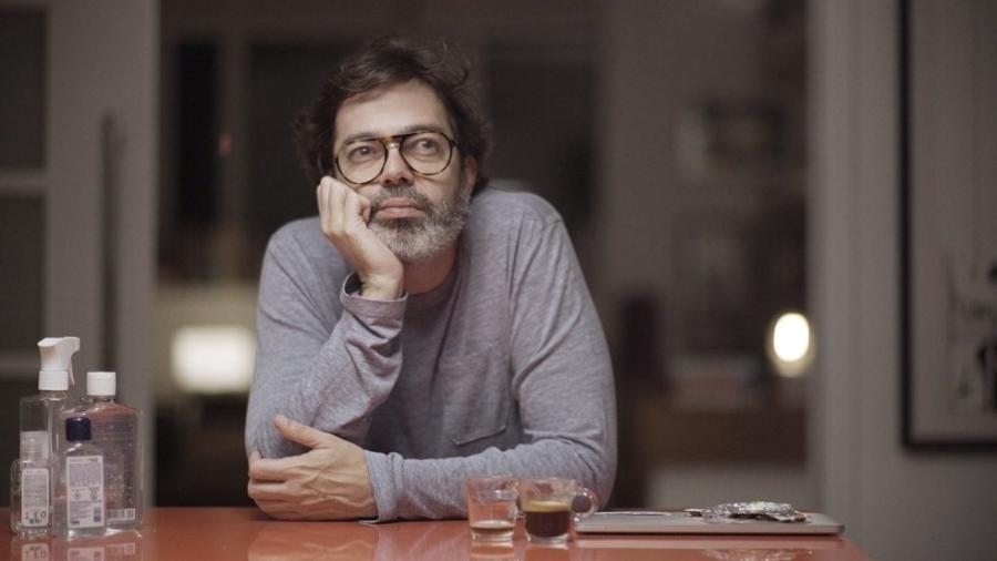 """Bruno Mazzeo interpreta Murilo na série """"Diário de um Confinado"""", da Globo - divulgação/Globo"""