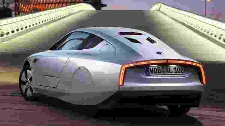 XL1 tem propulsão híbrida, combinando motor turbodiesel de dois cilindros com propulsor elétrico - Divulgação - Divulgação