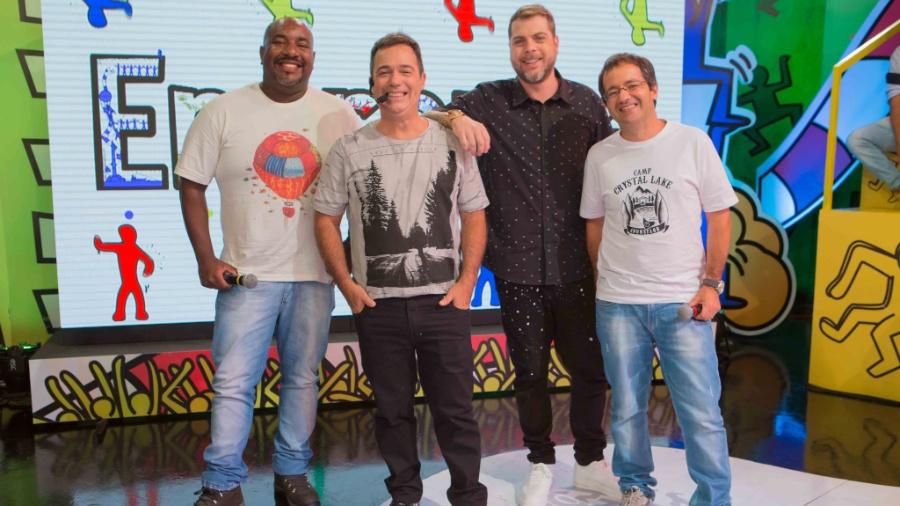 """Integrantes do """"Encrenca"""" comemoram sucesso do programa, que é a maior audiência da RedeTV! - Divulgação/RedeTV!"""
