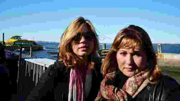 Inês Silva, 48, (direita) levou um tempo para aceitar a homossexualidade da filha Andreia, 24. Hoje, é militante LGBT - Arquivo pessoal - Arquivo pessoal