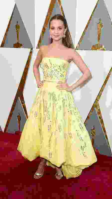 A atriz Alicia Vikander no Oscar 2016 - Getty Images