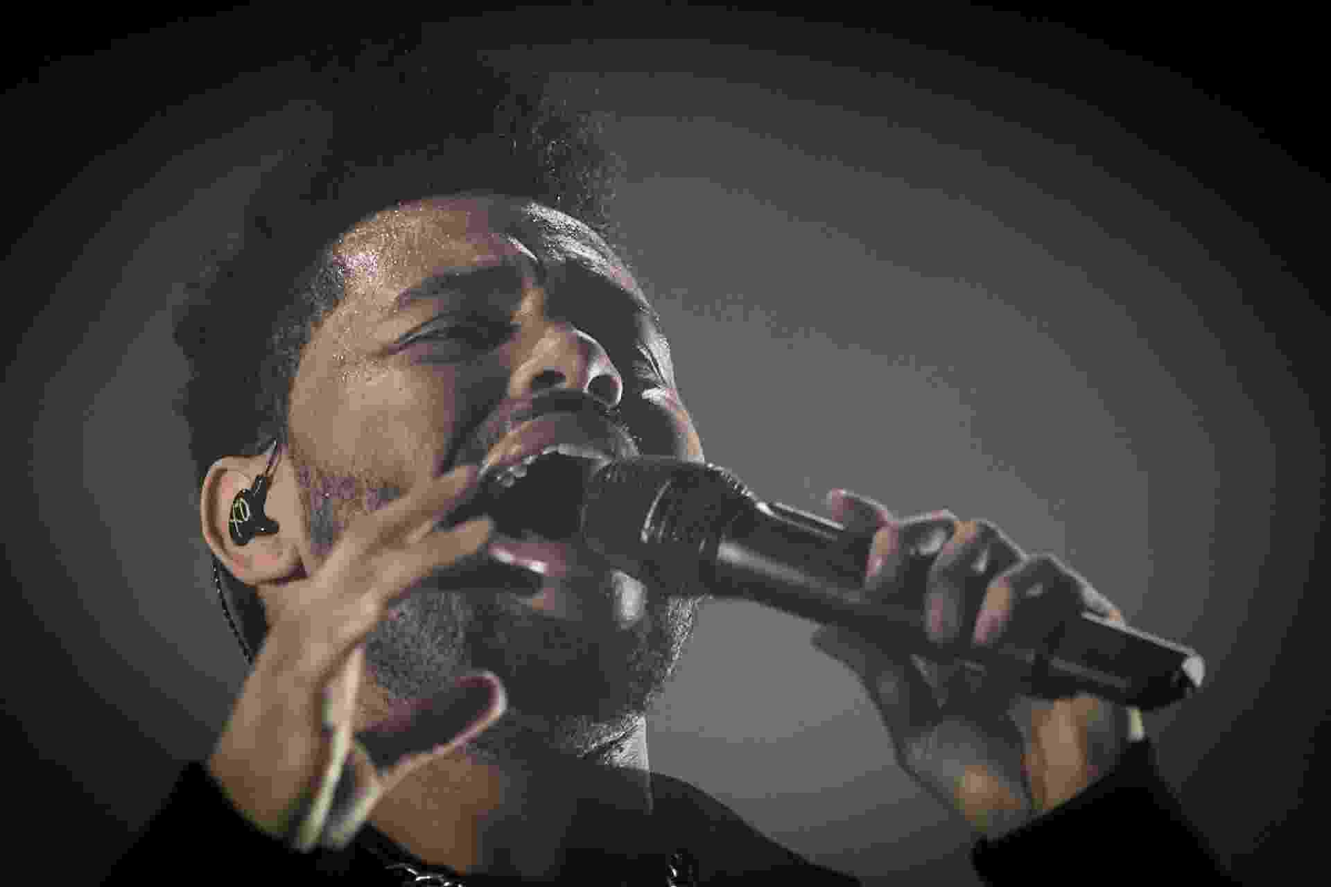O cantor The Weeknd fez uma apresentação repleta de hits no segundo dia do Lollapalooza, em Interlagos, em São Paulo - Bruno Santos/UOL