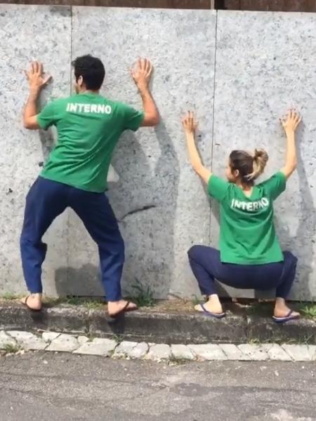 João Baldasserini e Nanda Costa rebolam ao som de MC Kevinho - Reprodução/Instagram/nandacostareal