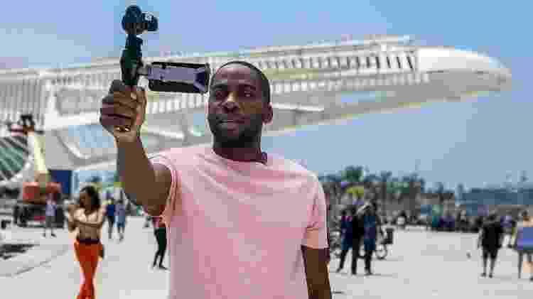Lázaro em frente ao Museu do Amanhã, no Rio  - Raquel Cunha / TV Globo - Raquel Cunha / TV Globo