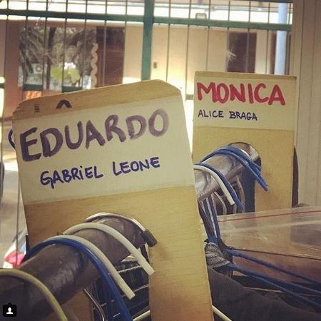 """Alice Braga divulga foto de bastidore de """"Eduardo e Mônica"""" - Reprodução/Instagram"""