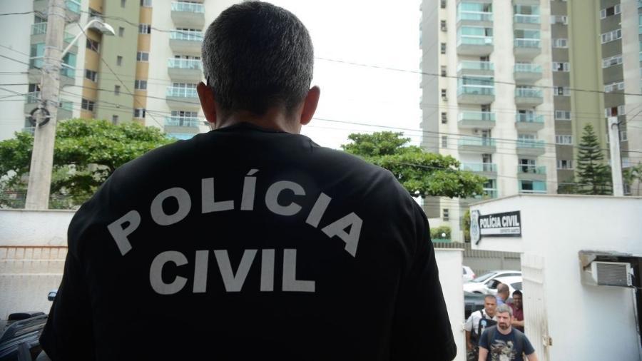 Polícia cumpre mandados judiciais no Rio - Tânia Rêgo/Agência Brasil