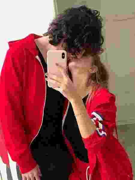 Fiuk posta foto beijando Isabella - Reprodução/Instagram