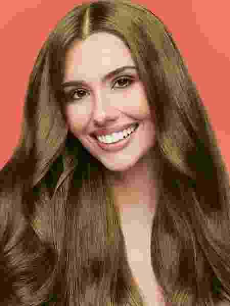 Giovanna na caixa de tintura que foi seu último grande trabalho como modelo - Arquivo Pessoal