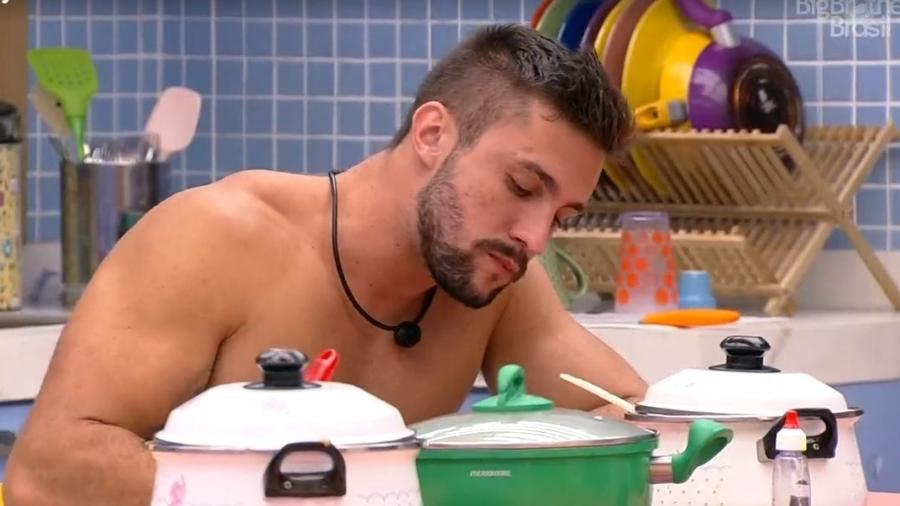 BBB 21: Arthur janta na xepa - Reprodução/ Globoplay