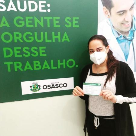 Silvia Abravanel é vacinada contra covid-19 - Reprodução/Instagram